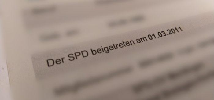 Ausschnitt aus dem Parteibuch mit dem Beitrittsdaum 1.3.2011